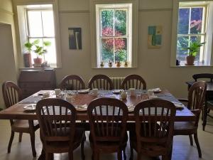 44Clone-breakfastroom01