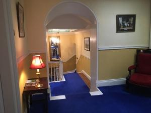 46Clone-upstairs02