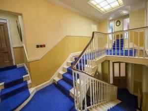 45Clone-upstairs